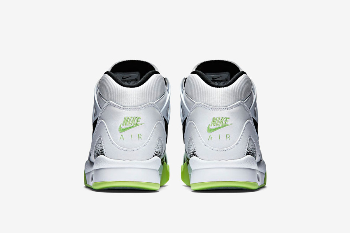 nike-air-tech-challenge-ii-liquid-lime-04