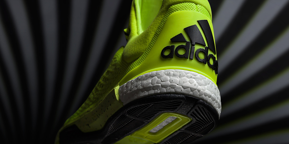 adidas-crazylight-boost-2015-04