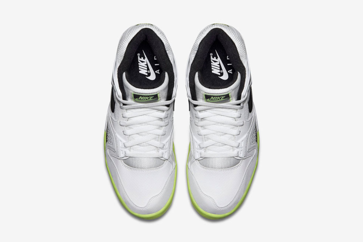 nike-air-tech-challenge-ii-liquid-lime-05