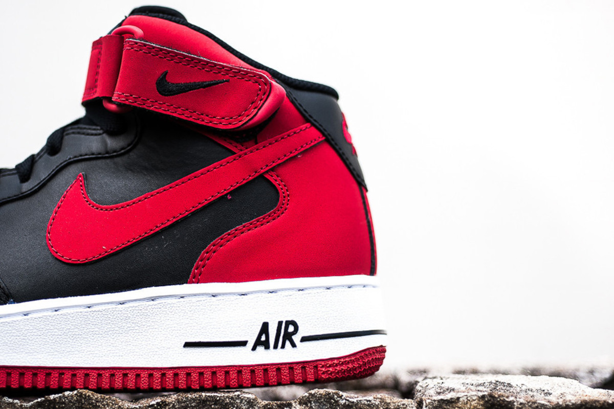 nike-air-force-1-mid-bred-available-now-02