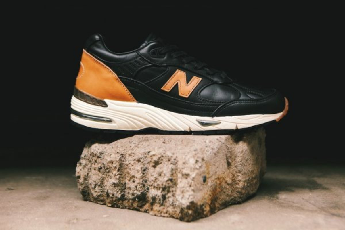 horween-leather-x-new-balance-m991bhr-05