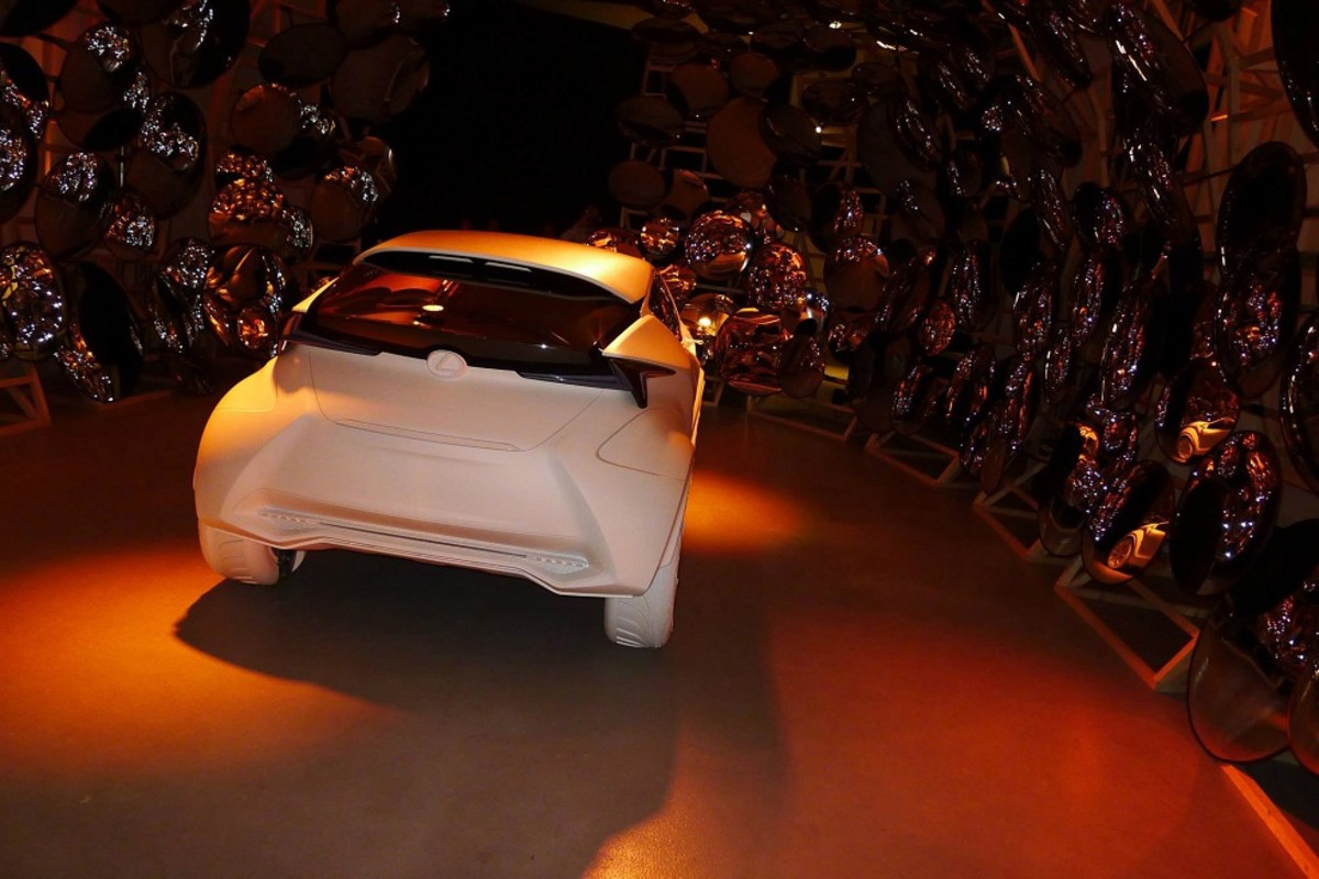 matte-white-lexus-lf-sa-concept-unveiled-at-milan-design-week-2