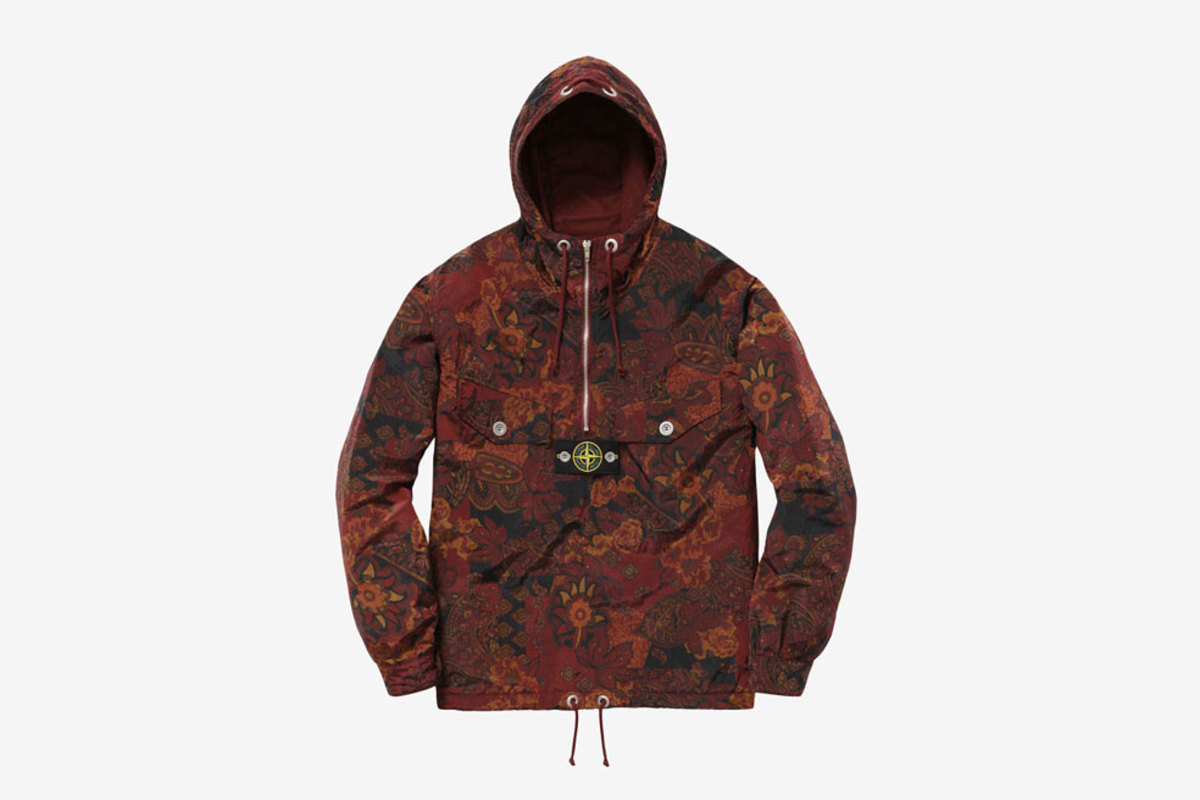 supreme-x-stone-island-spring-summer-2015-collection-00