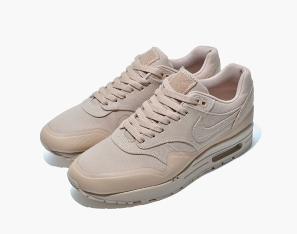 nike-air-max-1-v-sp-monotone-pack-00