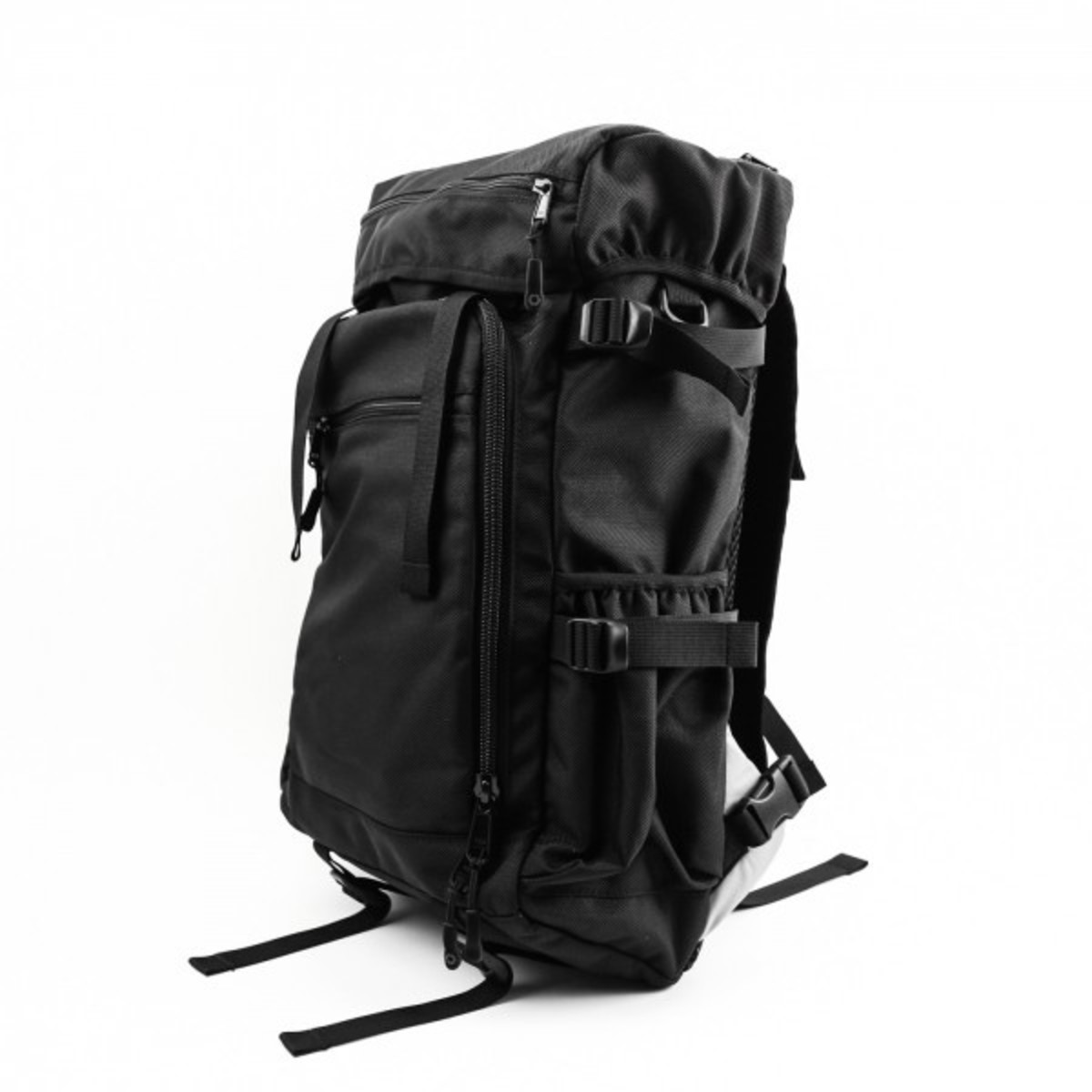 technical-backpacks-perfect-for-the-everyday-02