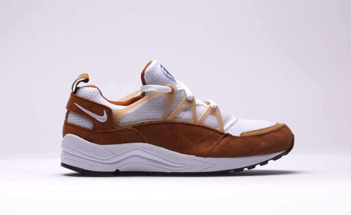 "fc999b213b4 Nike Air Huarache Light OG ""Curry"" - Freshness Mag"