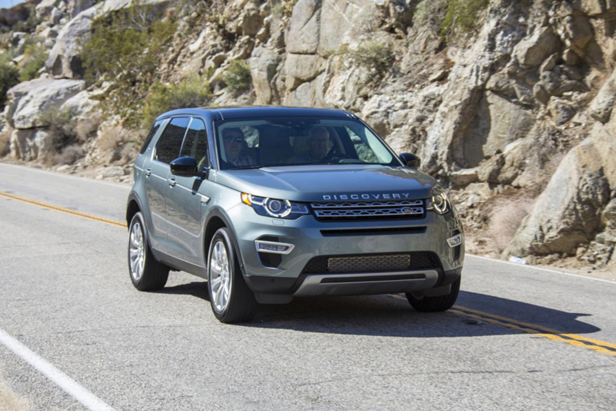 land-rover-discovery-sport-launch-edition-02