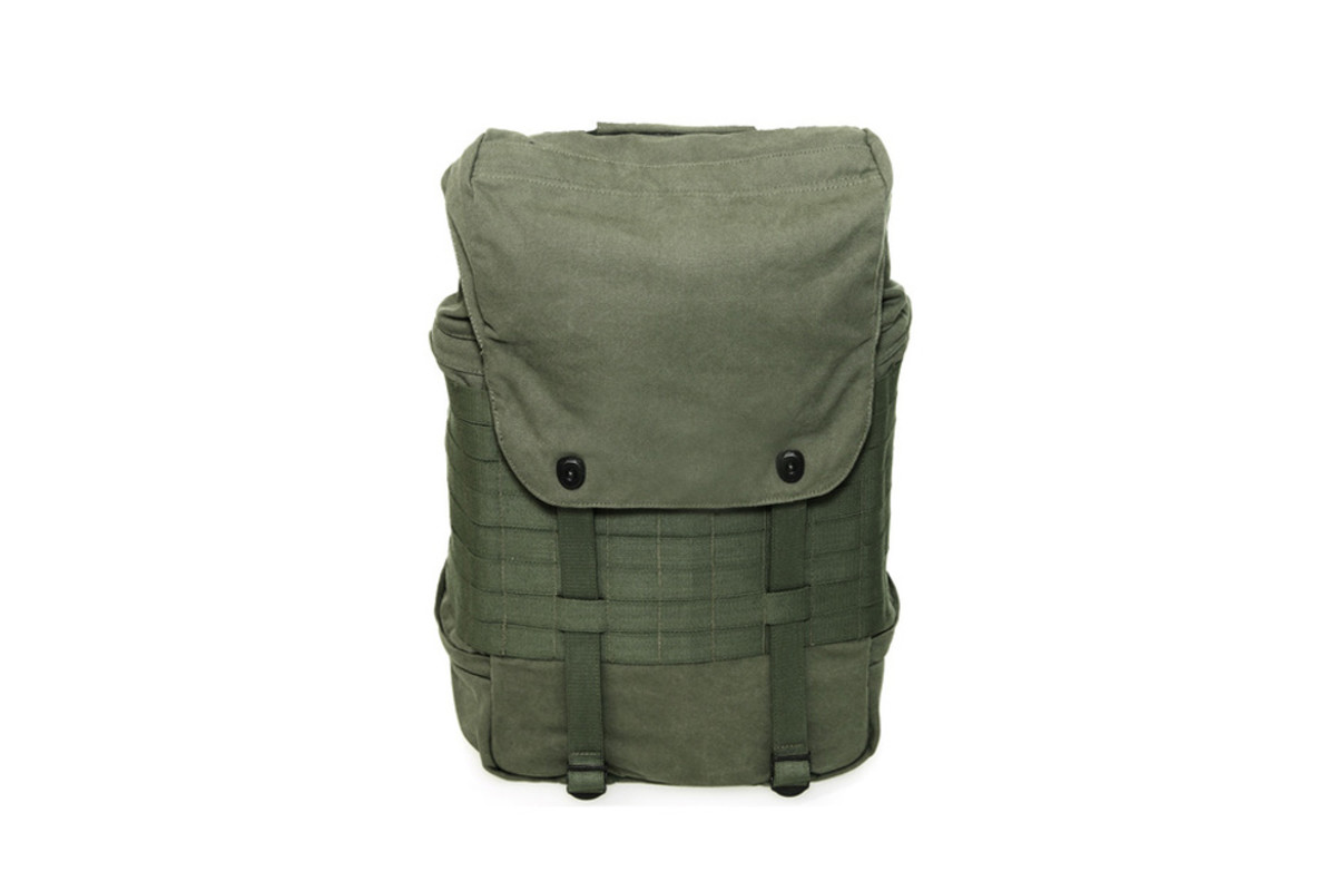 freshness-curated-10-travel-backpacks-09