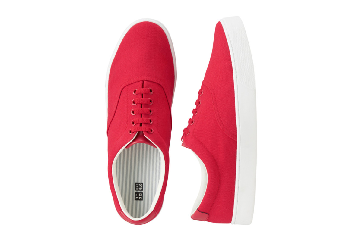 uniqlo-debuts-sneaker-collection-02