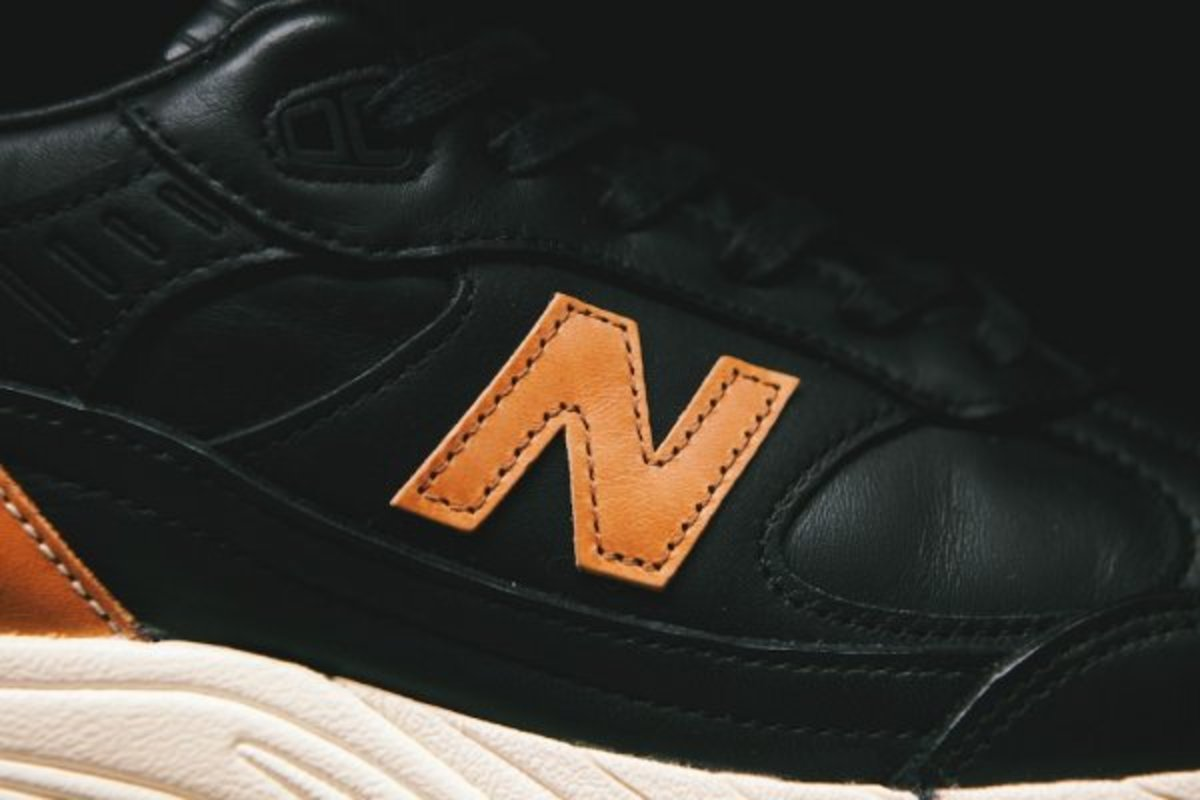 horween-leather-x-new-balance-m991bhr-06