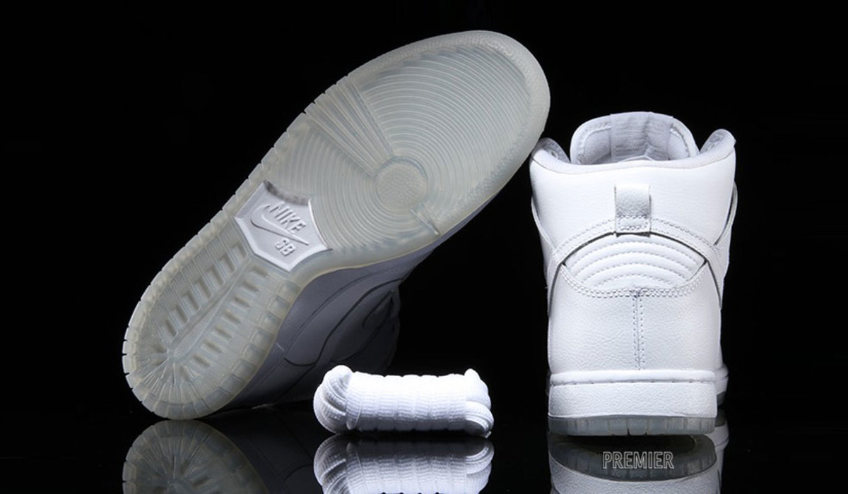 newest collection e071c 2ffa1 Nike SB Dunk High Pro – White/Light Base Grey - Freshness Mag