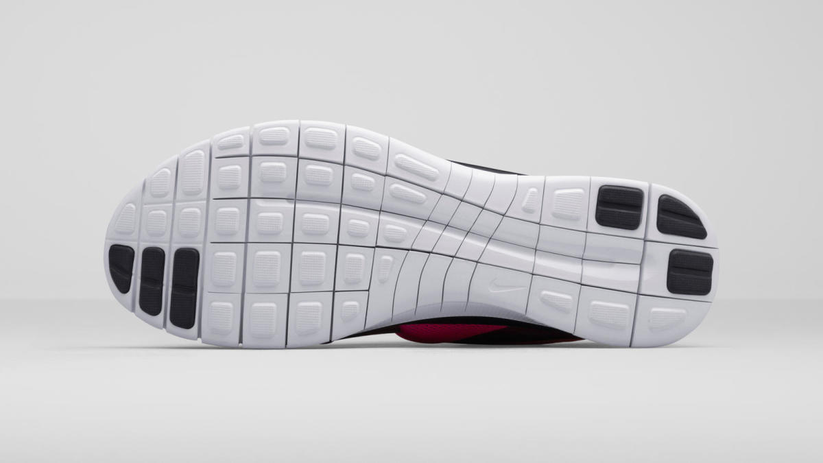 nike-unveils-the-viritous-and-socfly-12