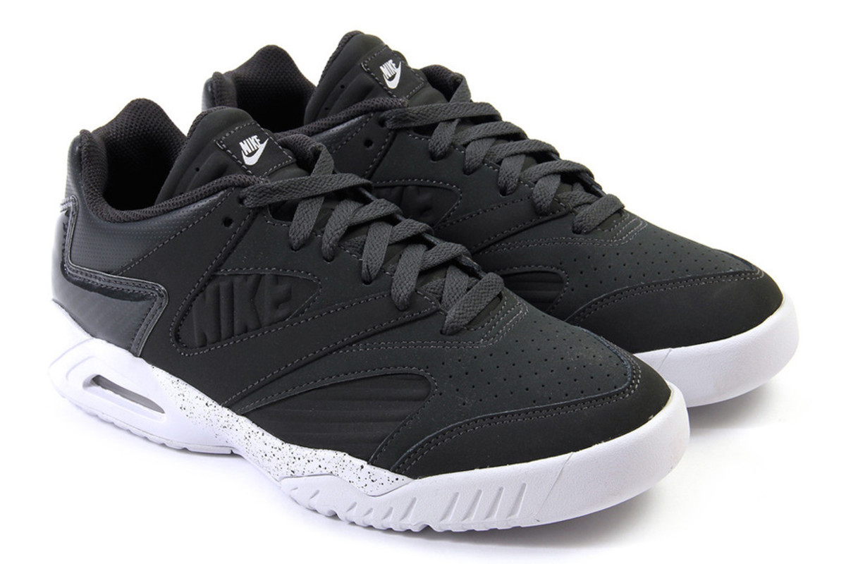nike-air-tech-challenge-iv-low-anthracite-white-04