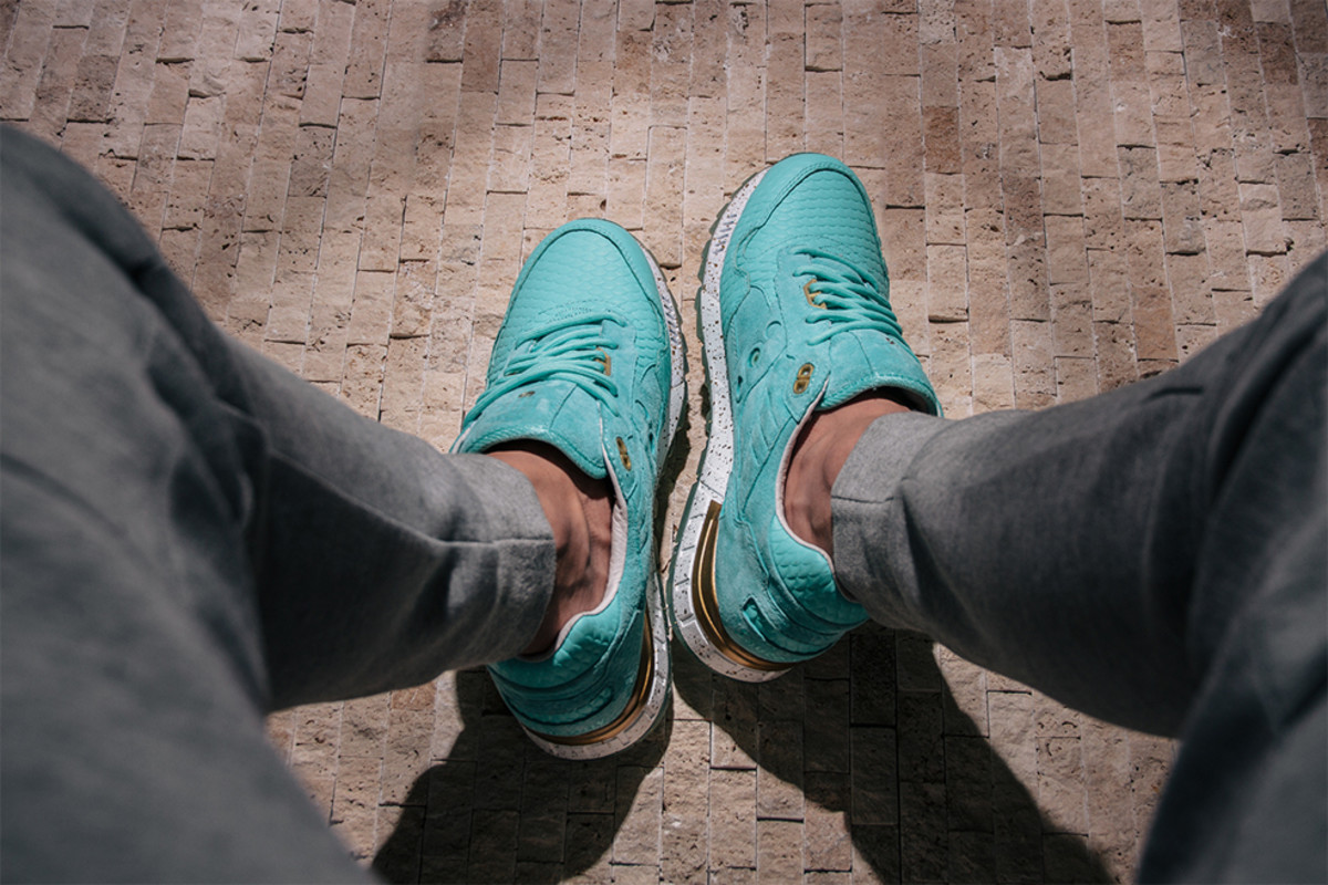 epitome-saucony-shadow-5000-righteous-one-10