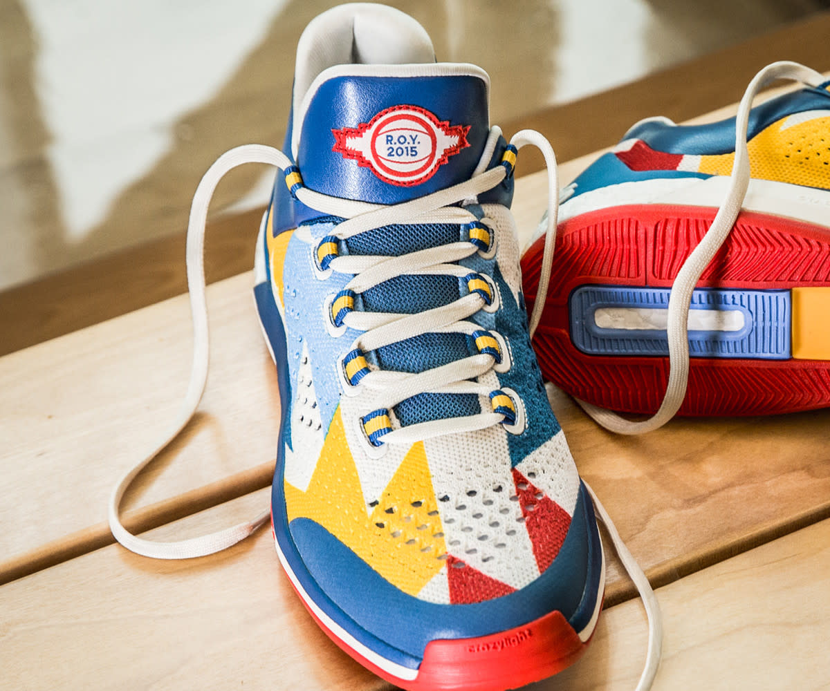 adidas-andrew-wiggins-crazylight-boost-2015-rookie-of-the-year-edition-02