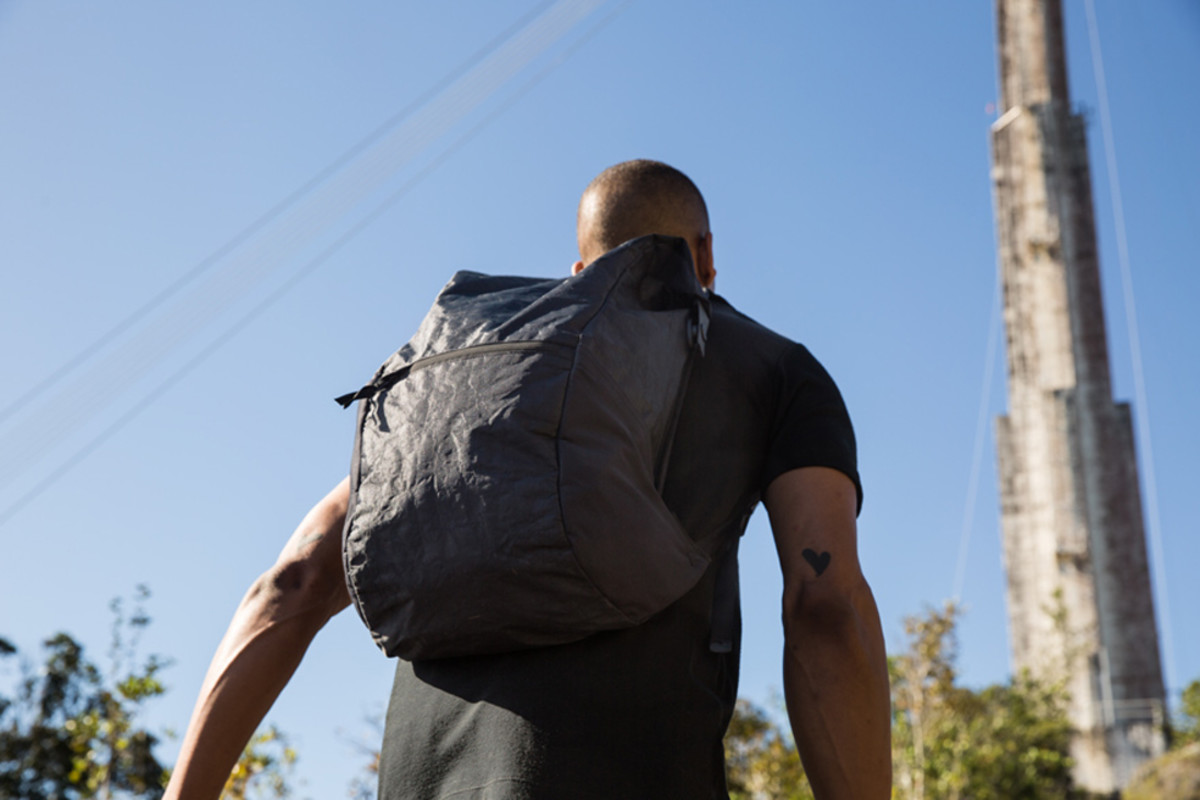 outlier-ultrahigh-backpack-00