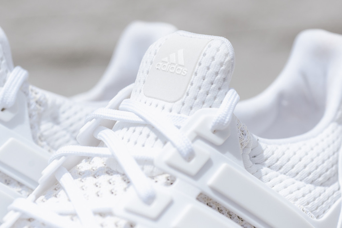 adidas-ultra-boost-all-white-01