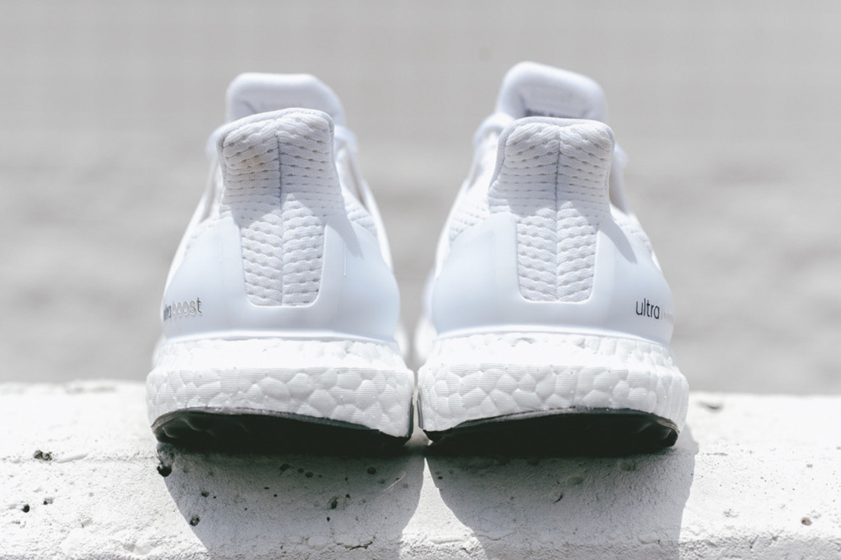 adidas-ultra-boost-all-white-04