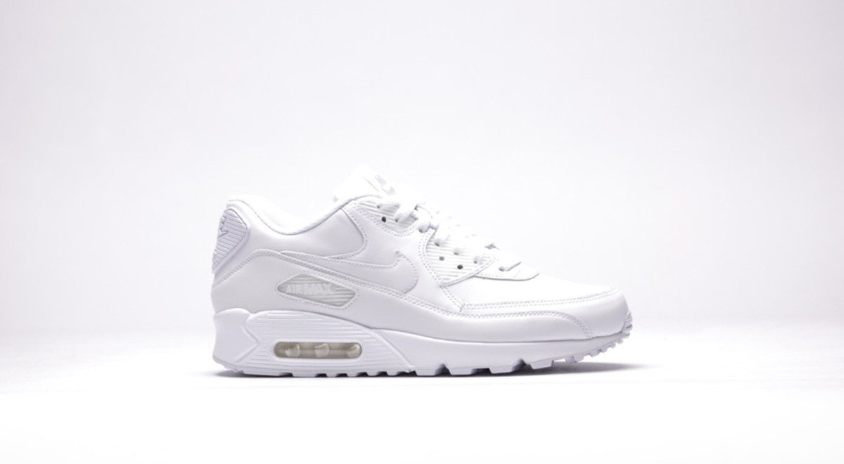 nike-air-max-90-leather-all-white-01