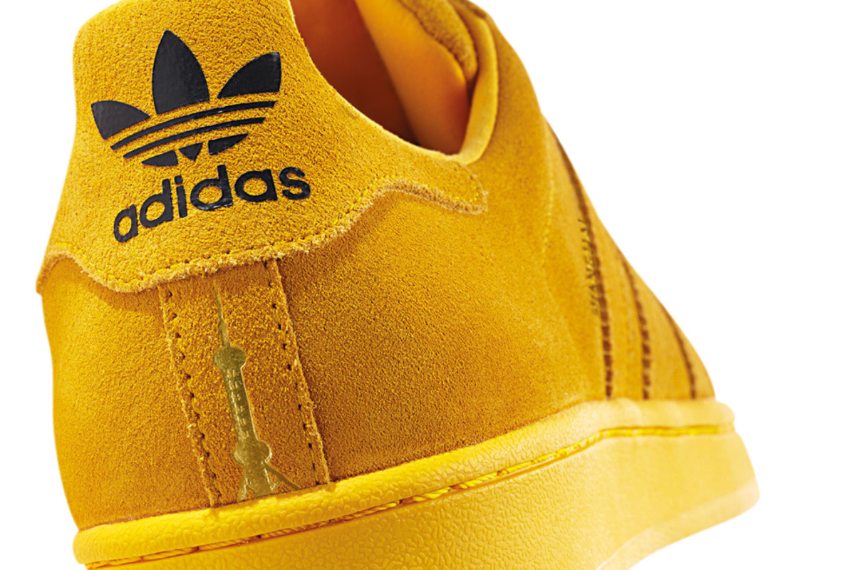 adidas-originals-superstar-city-series-10