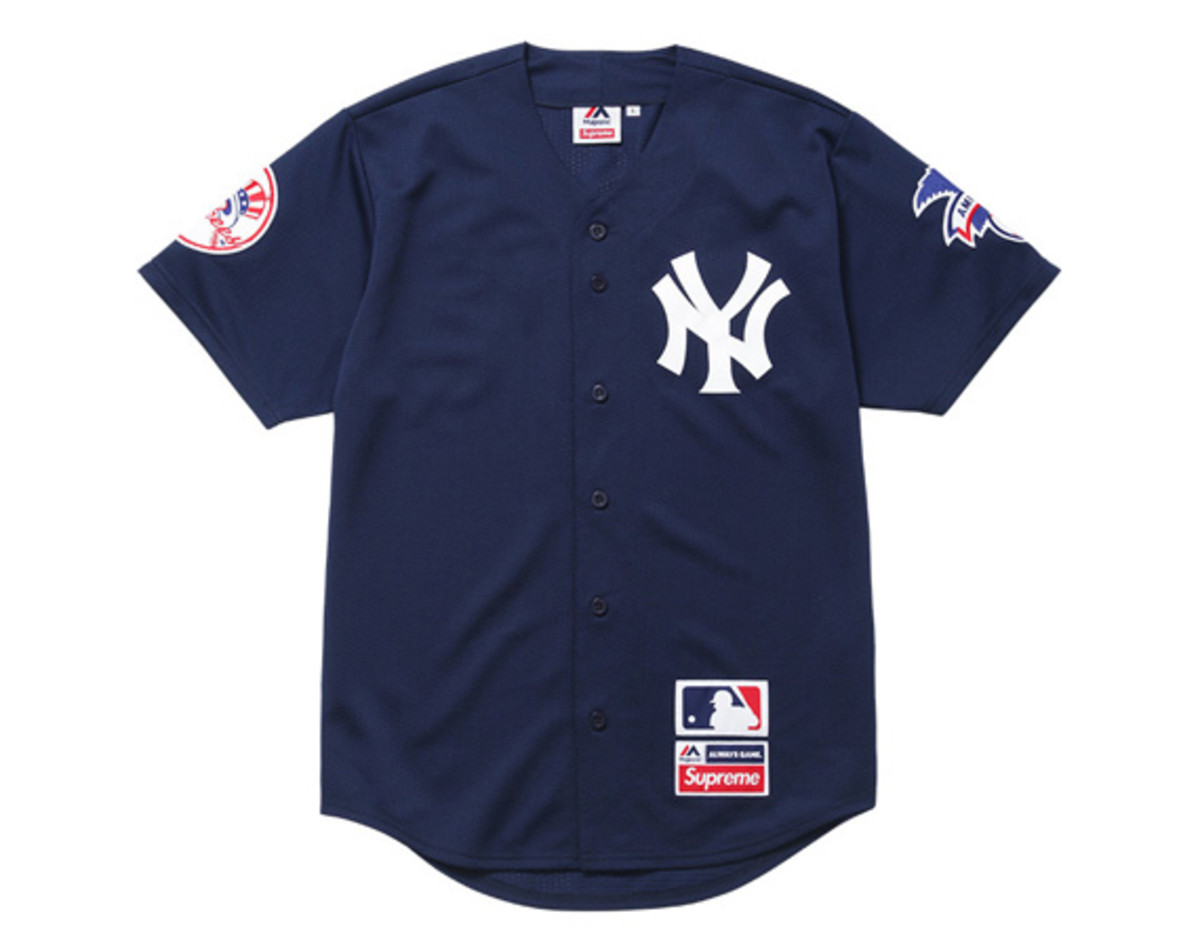 supreme-x-new-york-yankees-47-brand-collection-00