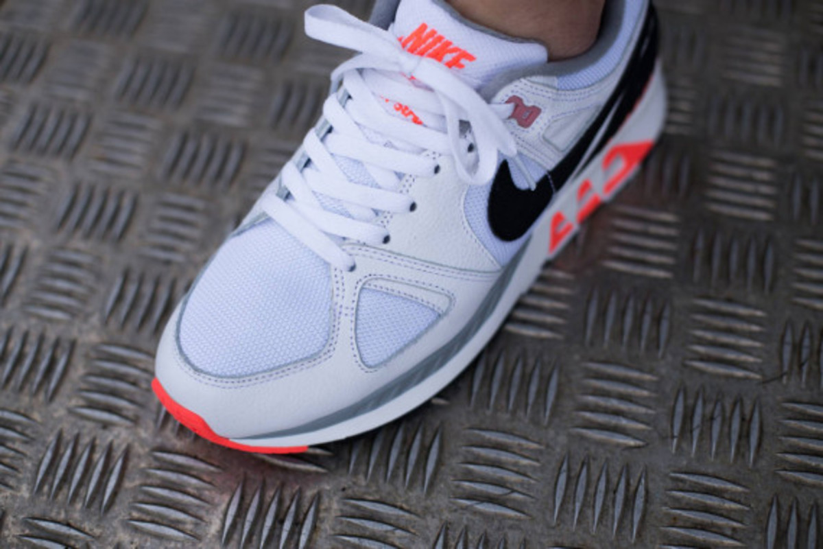nike-air-stab-hot-lava-03