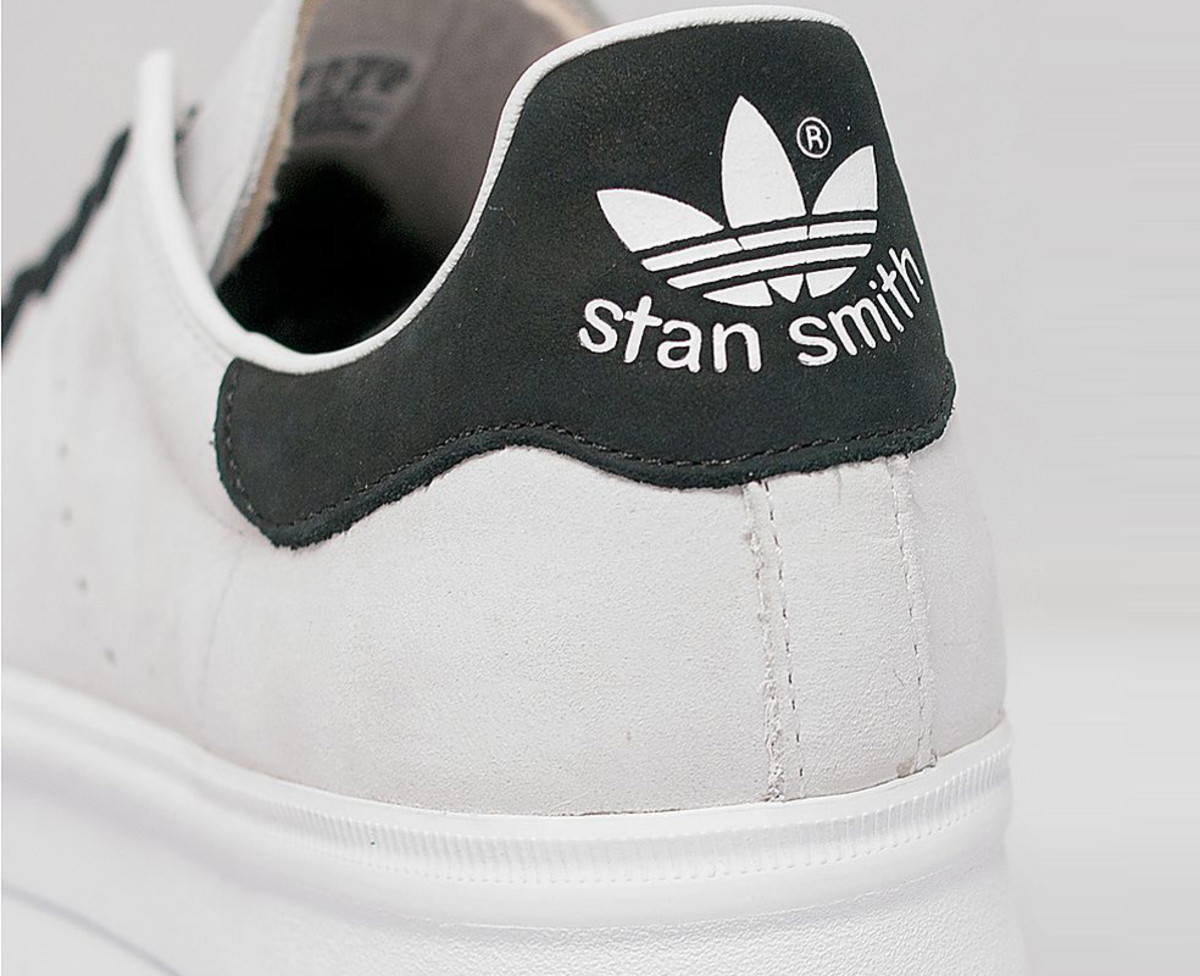 adidas-originals-stan-smith-vulc-white-black-06