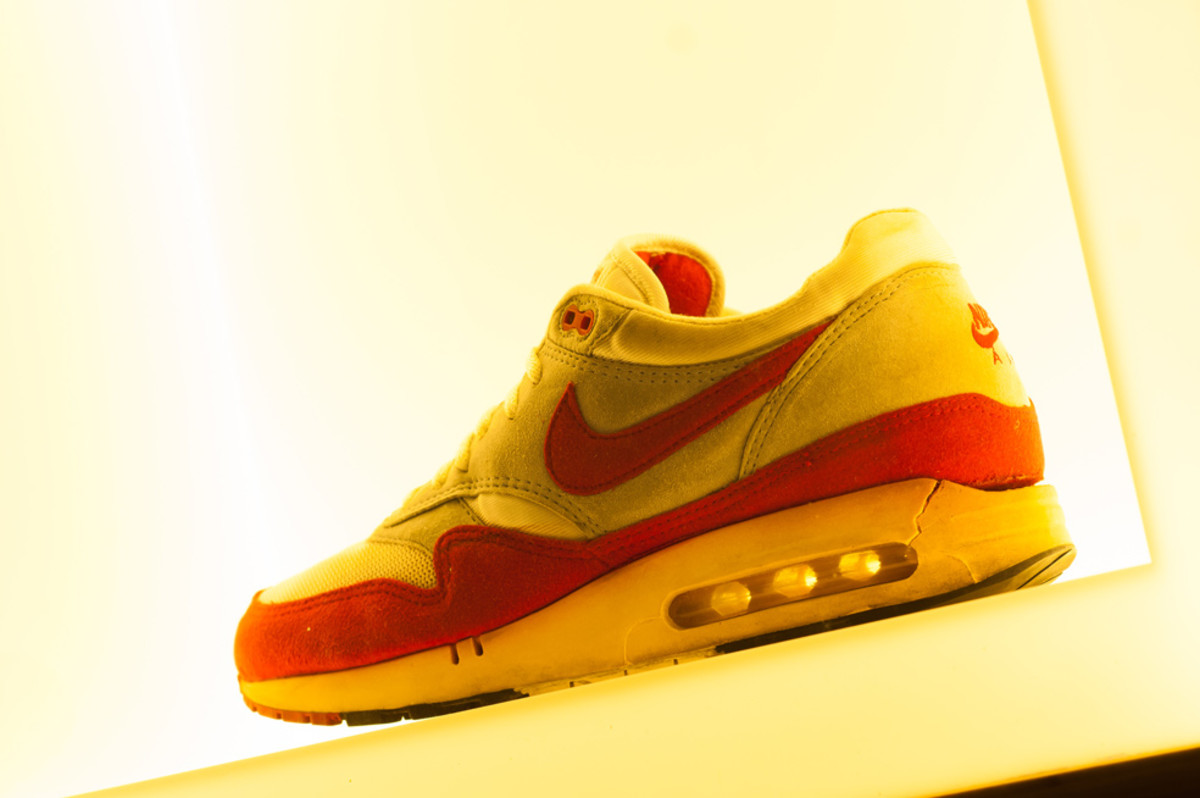 the-worlds-largest-air-max-wall-05