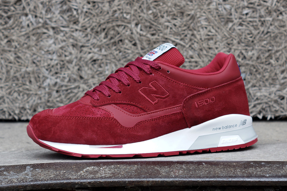new-balance-flying-the-flag-collection-available-now-05