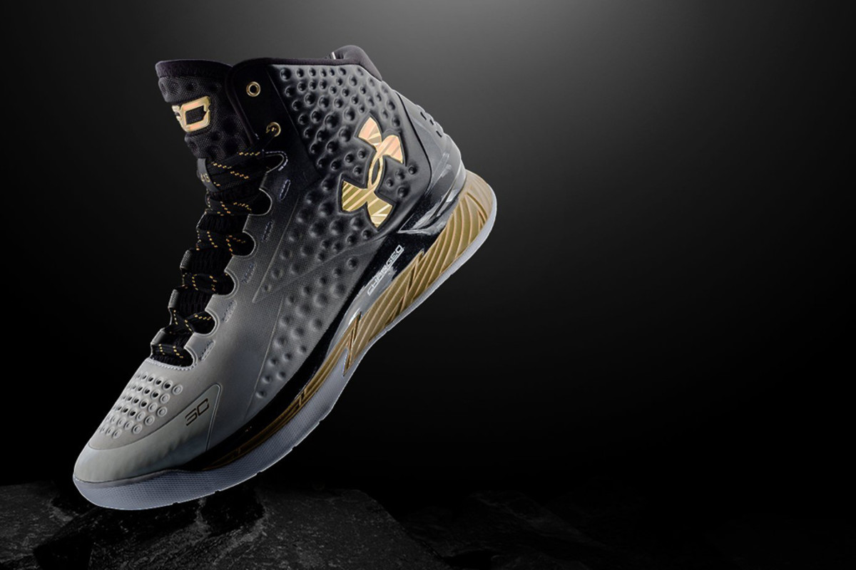 under-armour-limited-edition-curry-one-mvp-00