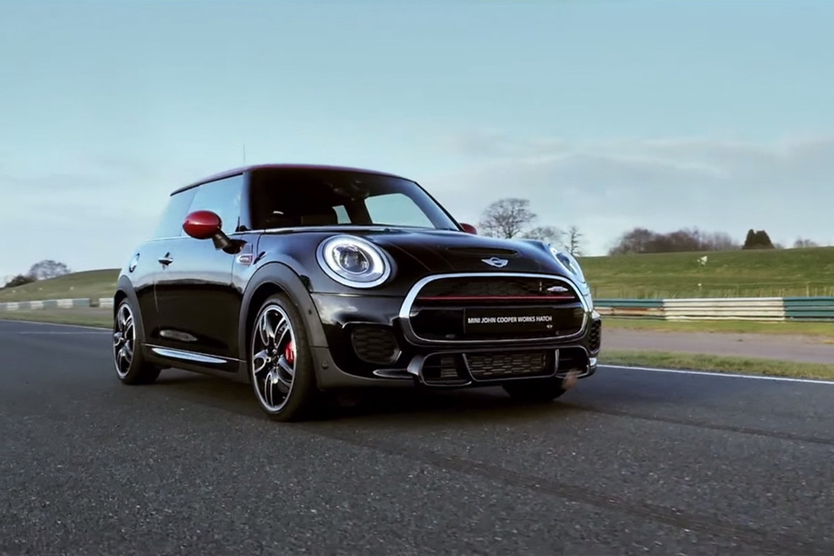 2015-mini-john-cooper-works-hatch