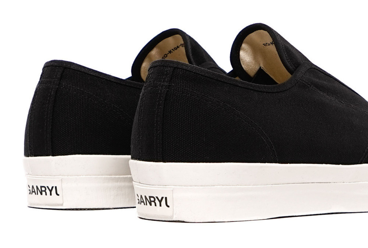 ganryu-canvas-laceless-sneakers-08