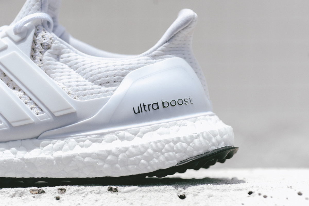 adidas-ultra-boost-all-white-07