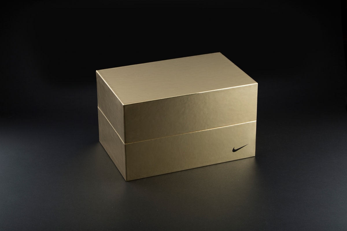 nike-the-opening-invite-package-02