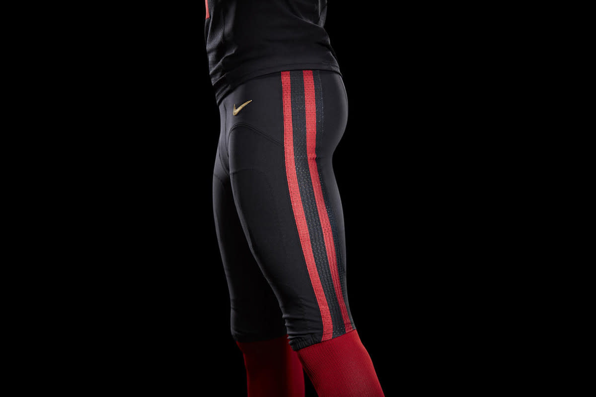 nike-unveils-san-francisco-49ers-black-alternate-uniform-04