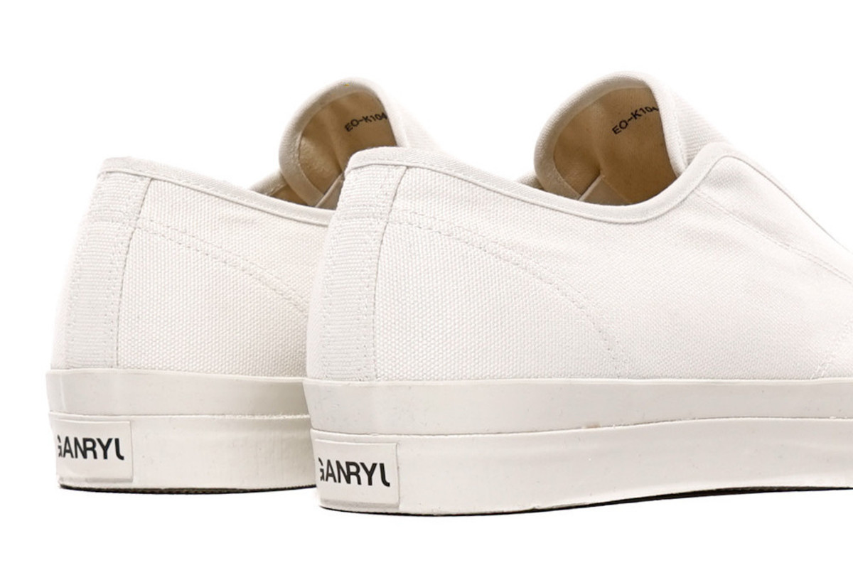 ganryu-canvas-laceless-sneakers-04