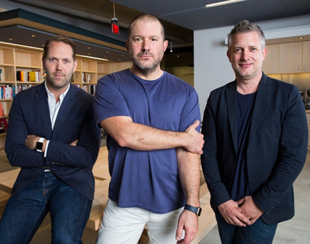 jony-ive-apple-first-chief-design-officer-00