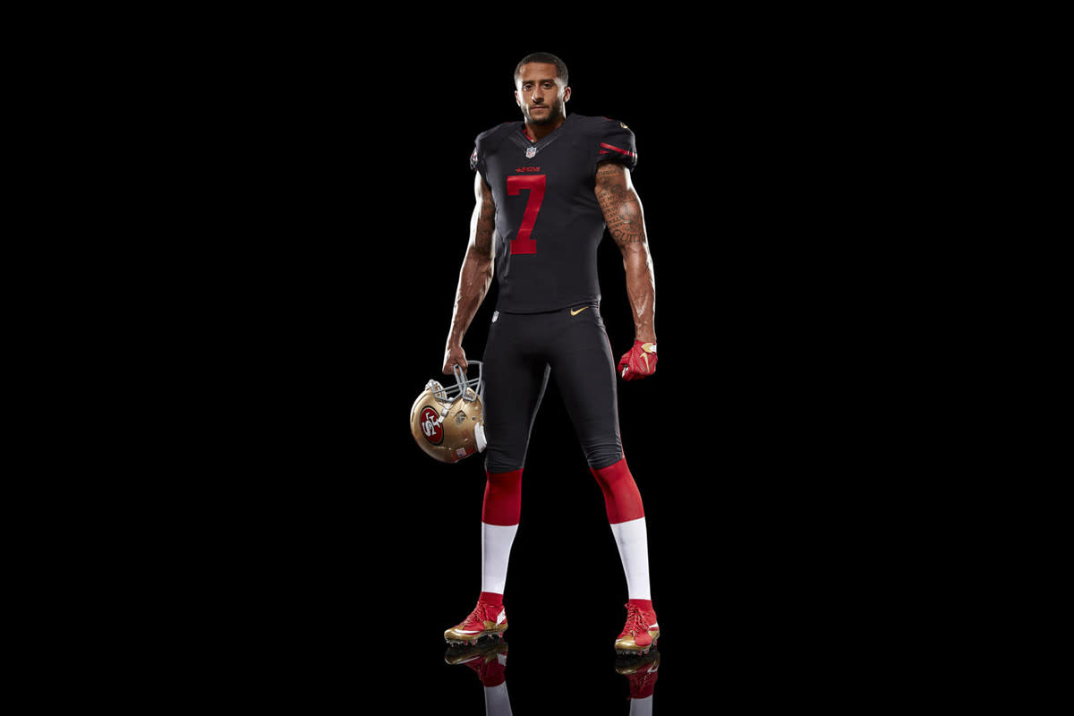 nike-unveils-san-francisco-49ers-black-alternate-uniform-03