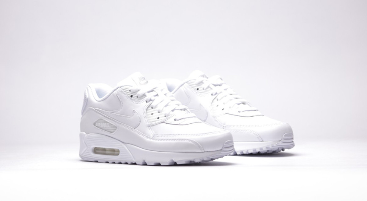 nike-air-max-90-leather-all-white-02