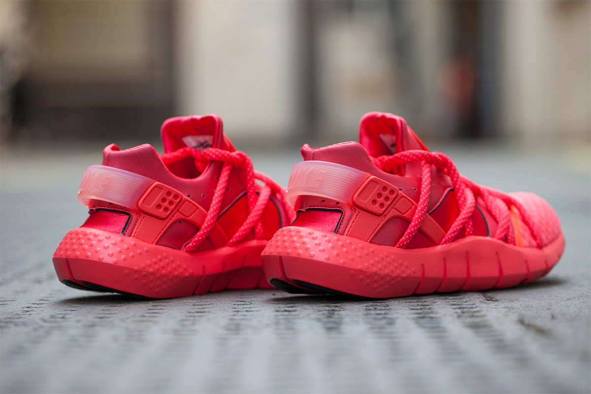 nike-air-huarache-nm-hot-lava-release-info-03