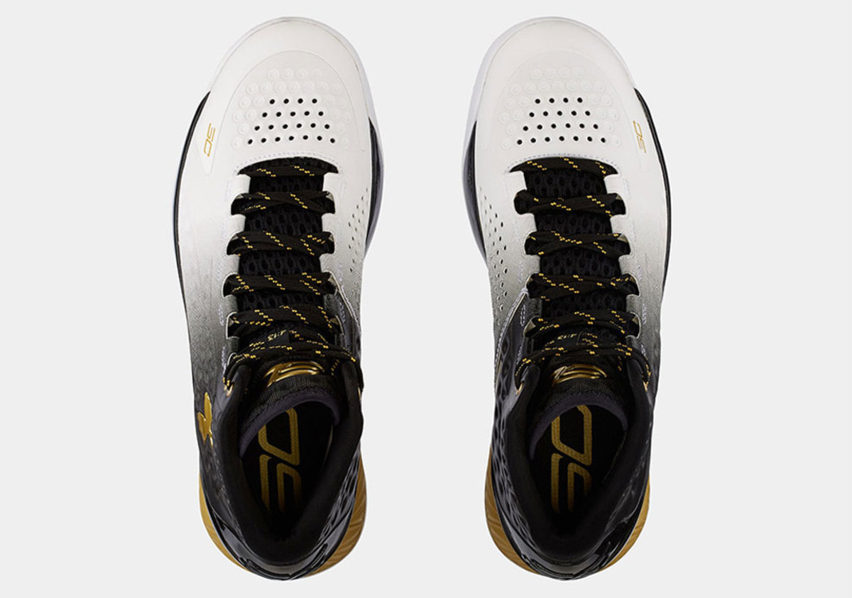 under-armour-curry-one-mvp-04