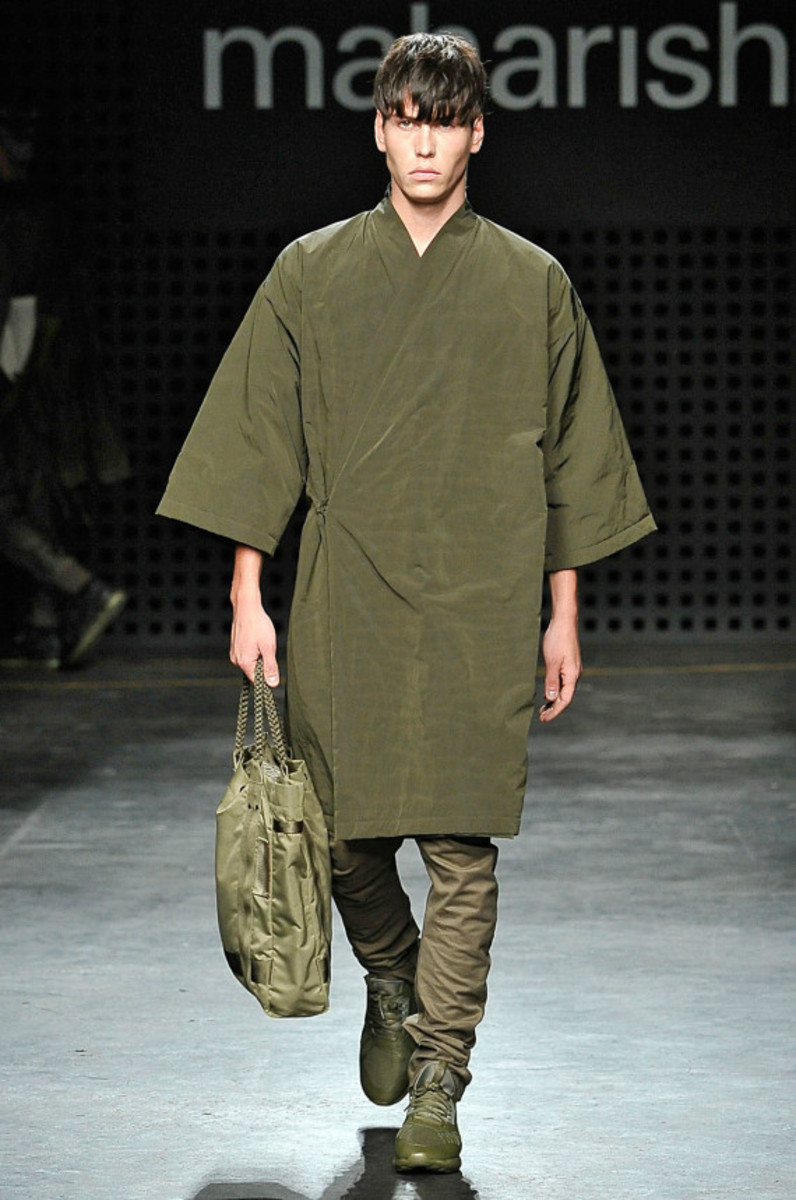 maharishi-spring-summer-2016-collection-runway-show-15