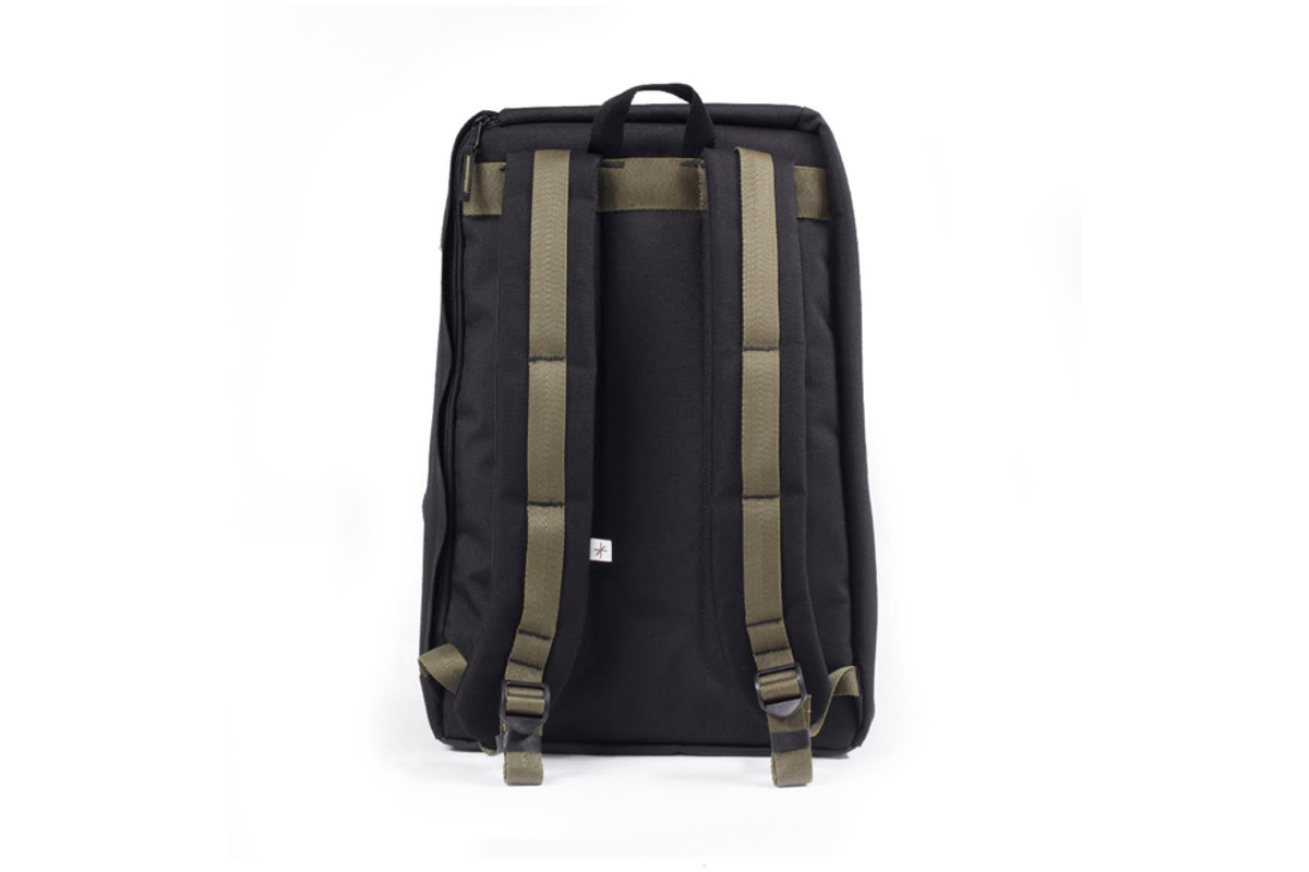 shrine-sneaker-daypack-02
