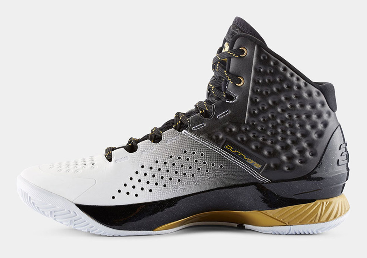 under-armour-curry-one-mvp-02