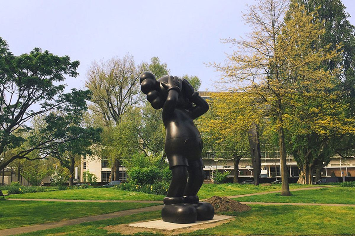 kaws-unveils-new-companion-sculptures-in-amsterdam-01