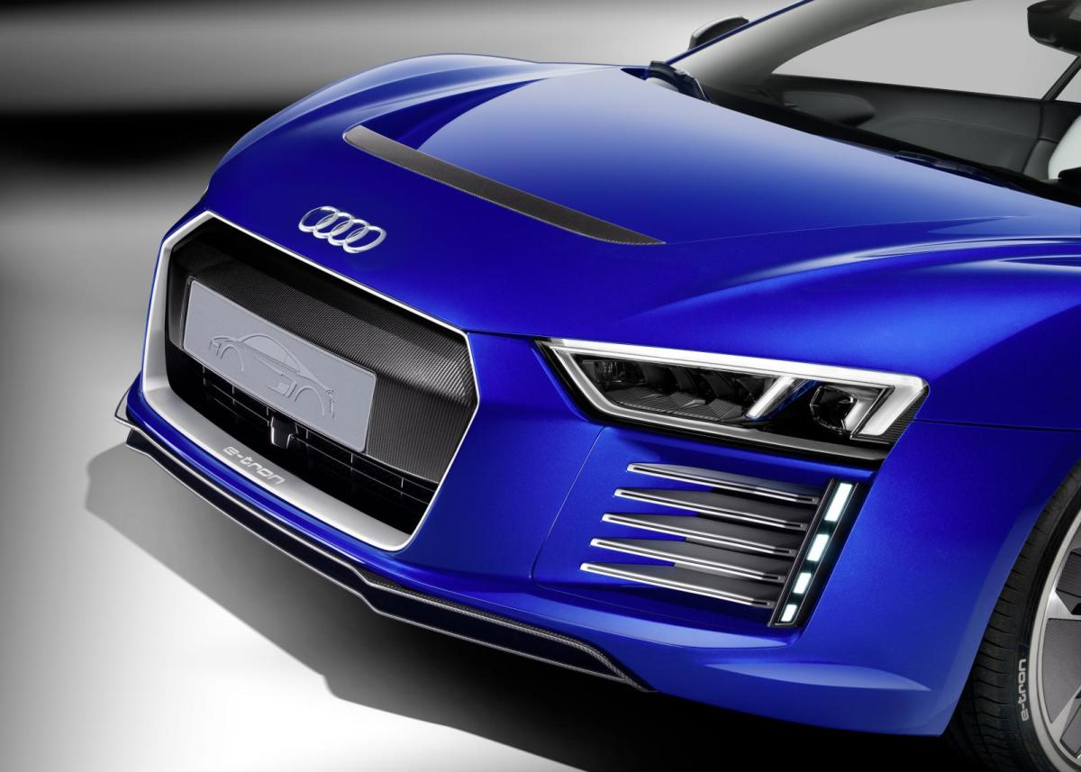 audi-r8-e-tron-piloted-driving-concept-05