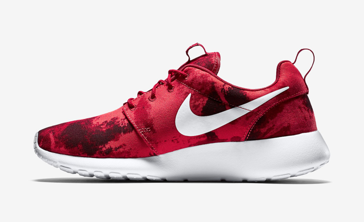 new concept 3119f 947ba nike-roshe-one-print-gym-red-01