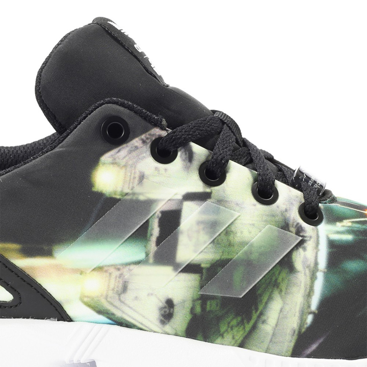 star-wars-adidas-originals-zx-flux-millennium-falcon-03
