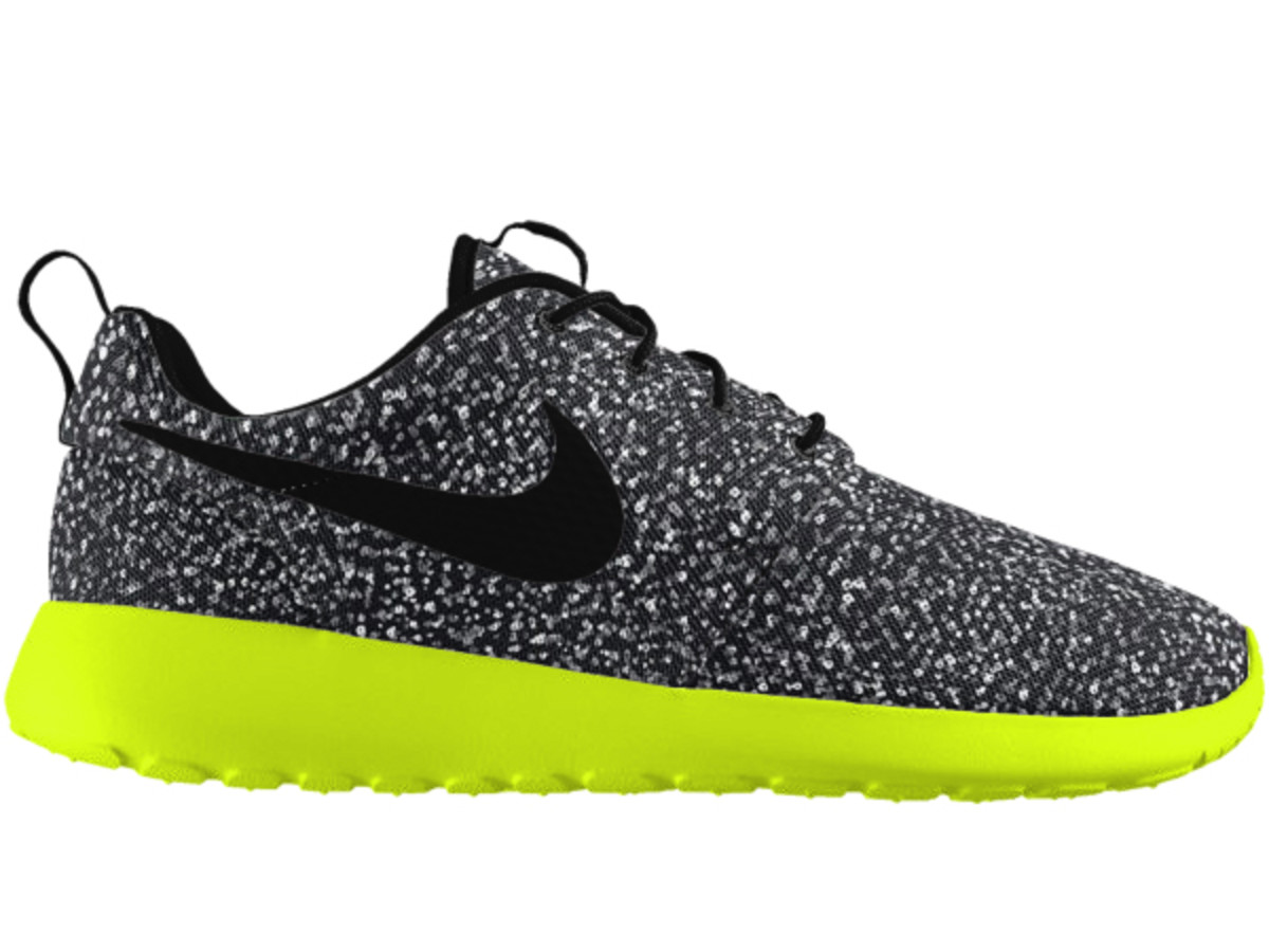 official photos 242a6 4f1a3 new-design-options-nikeid-roshe-one-02