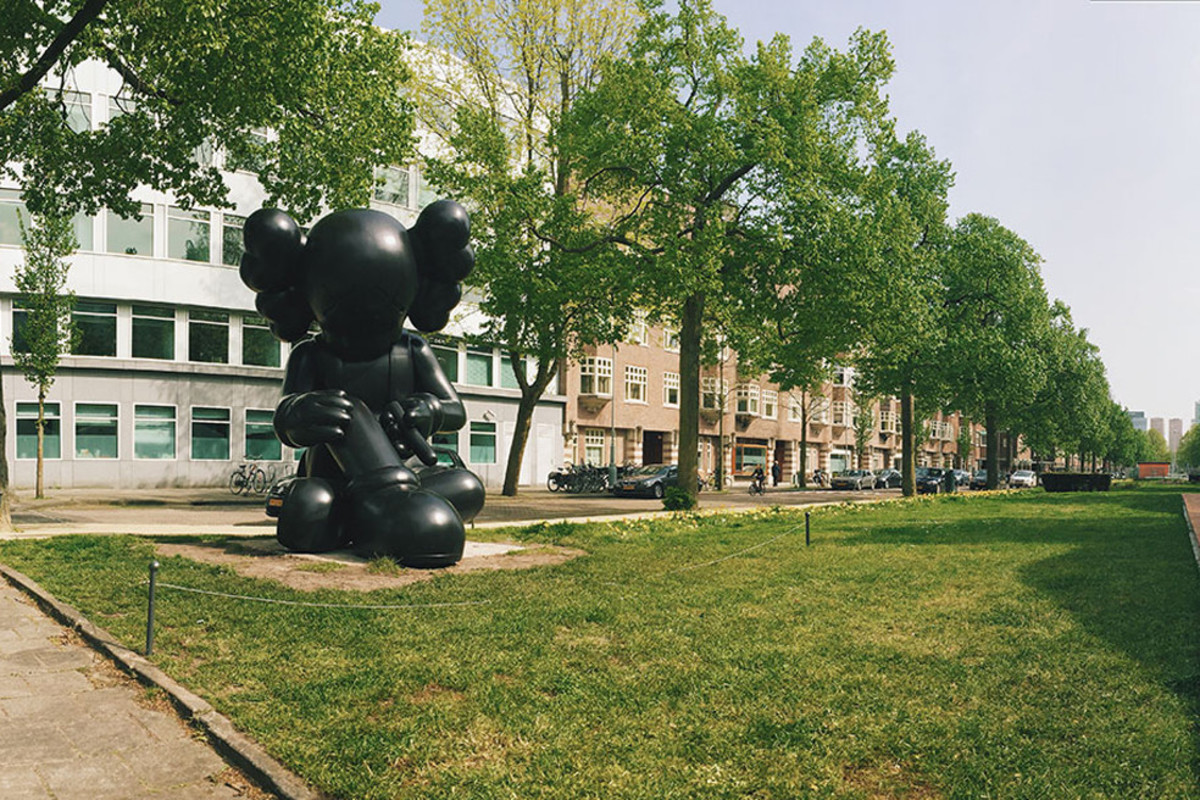 kaws-unveils-new-companion-sculptures-in-amsterdam-03